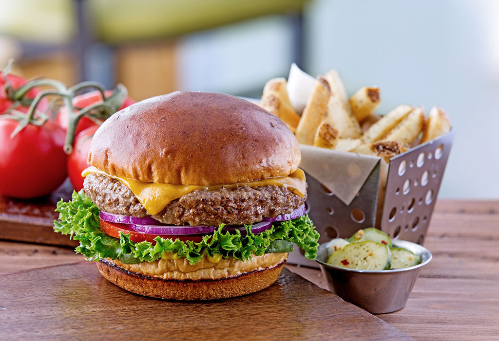 Chili's Big Mouth Burgers - Oldtimer with Cheese